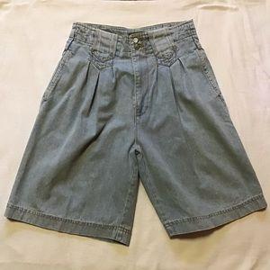 Vintage 80s jordache high waist mom shorts